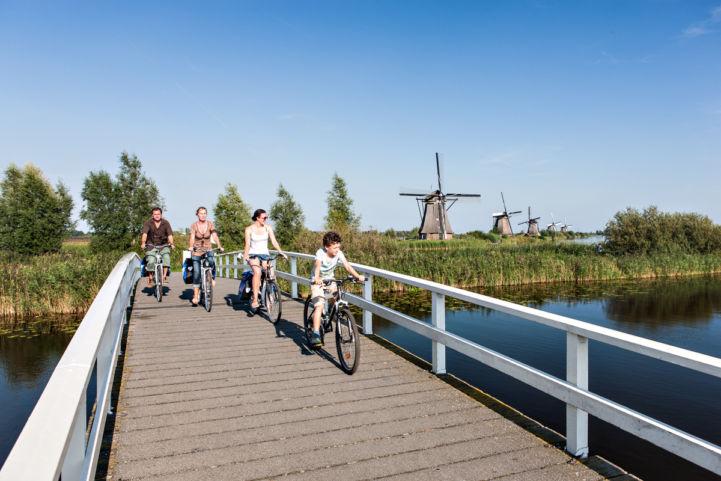 EuroVelo 15 Netherlands Kinderdjik.jpg